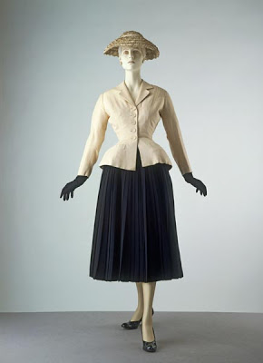bar-suit-hat-christian-dior-1947