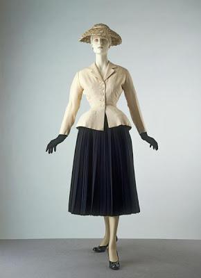 bar-suit-hat-christian-dior-1947